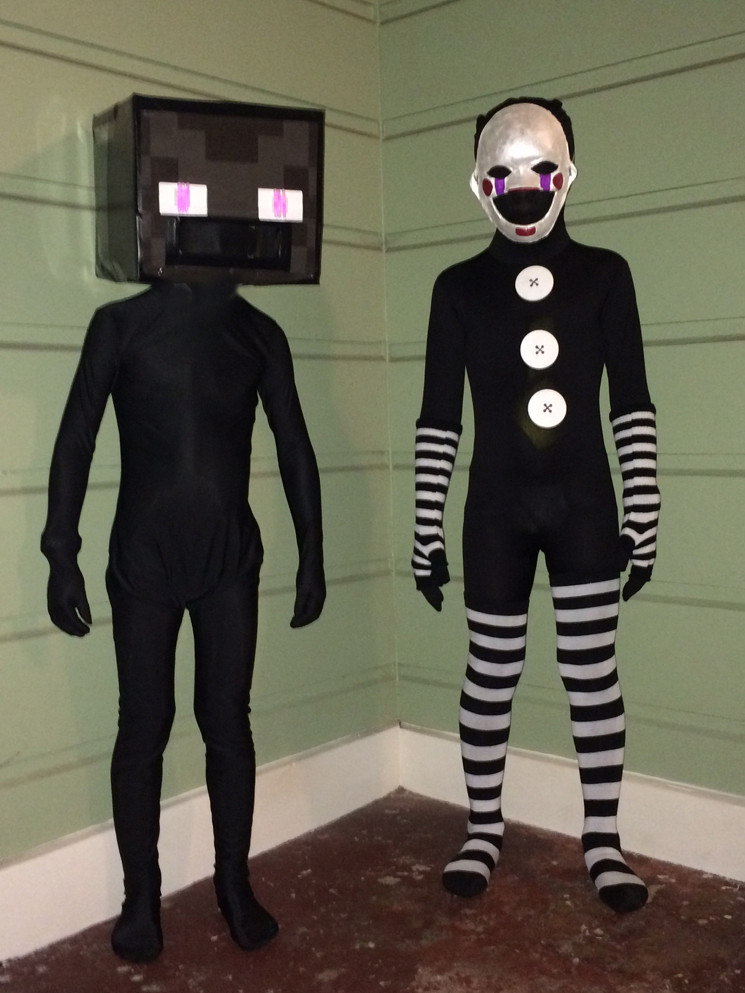 Mutant Enderman Costume From Minecraft